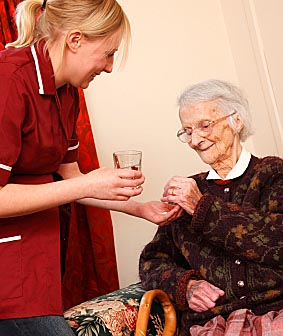 Home care program for elderly improves outcomes, study finds